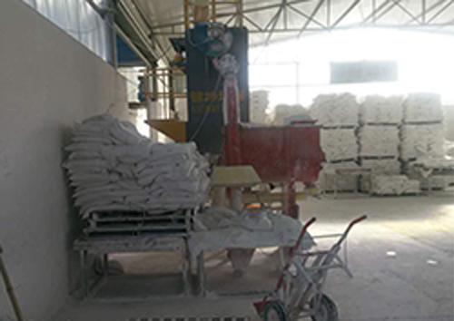新密精细硫酸钡粉生产车间